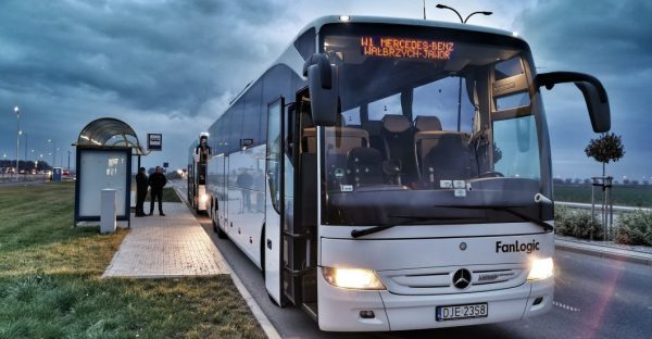Transport pracowniczy Mercedes-Benz Manufacturing Poland