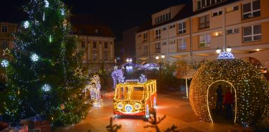 Mercedes Christmas bus at the Market Square in Jawor